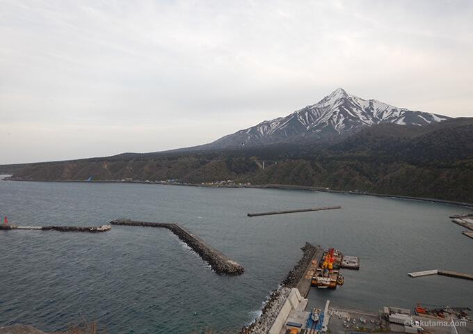 利尻山ペシ岬から見た利尻山