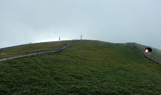 剣山レポ_山頂が見えてきた