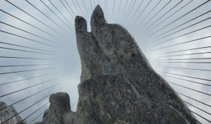 燕岳イルカ岩3