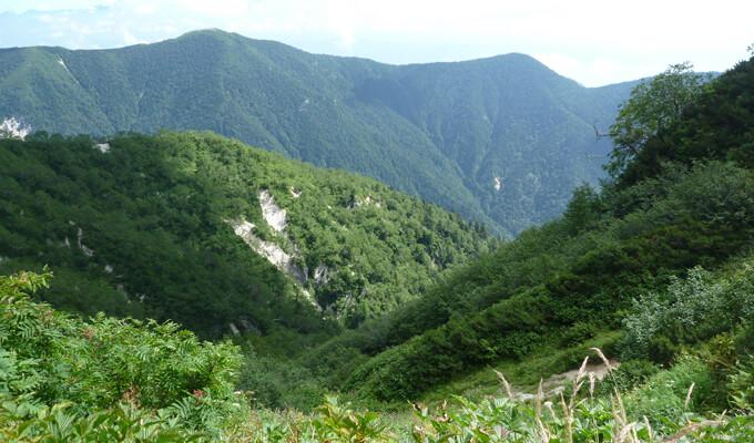 燕山荘からの下山風景2