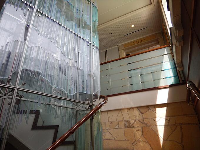 サイブリア宗谷一等室を見上げる