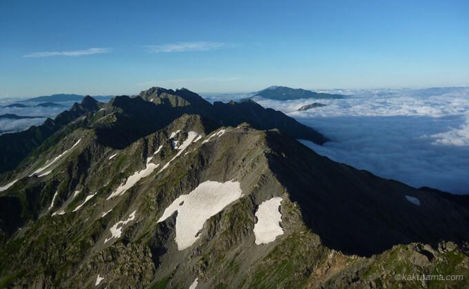 槍ヶ岳山頂から見る穂高方面