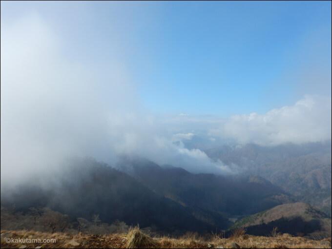 塔ノ岳山頂から見える富士山