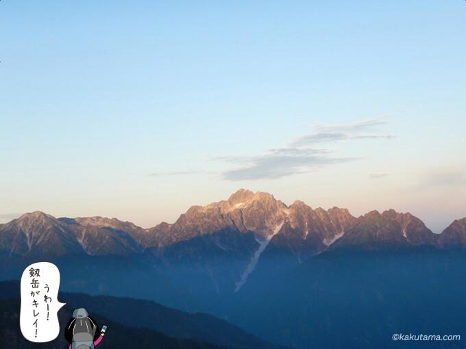朝日に映える剱岳
