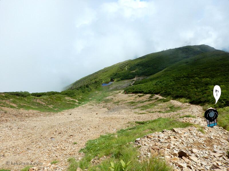間山から下る2