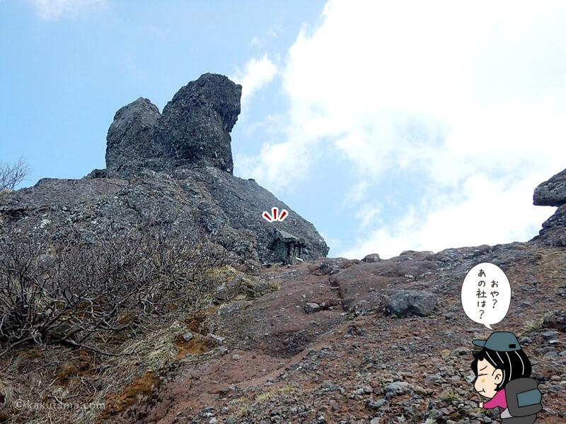 檜峰(ひみね)神社の祠