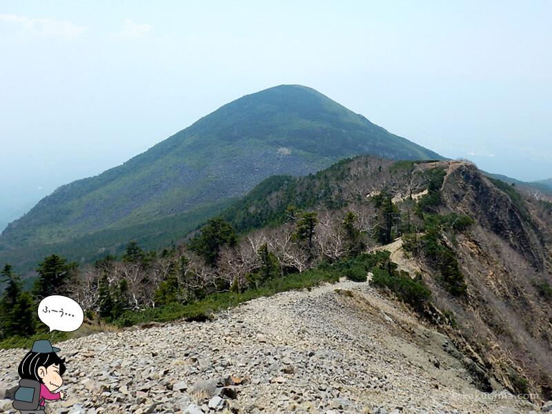 編笠山が近づいてくる
