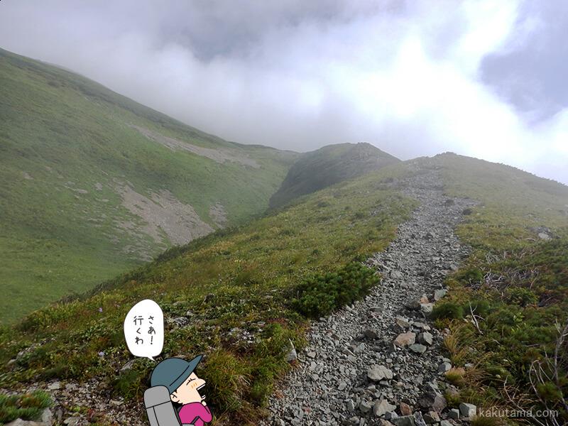 雪倉岳避難小屋から出発