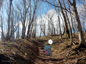 鍋割稜線を歩く8