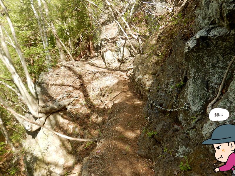 日向大谷の登山道6