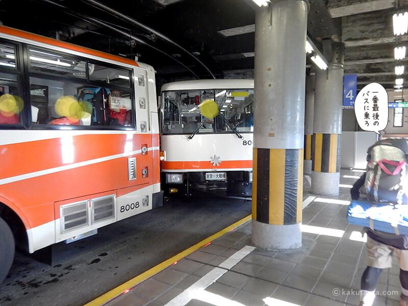 何台も来る電気バス2