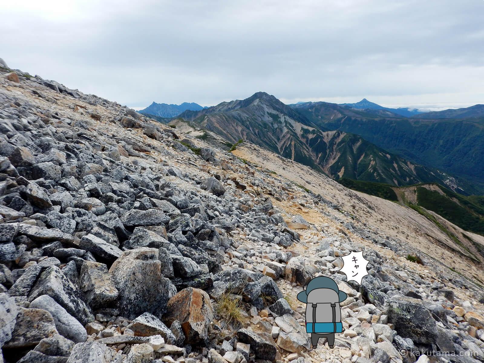 赤牛岳から槍ヶ岳と笠ヶ岳を見る