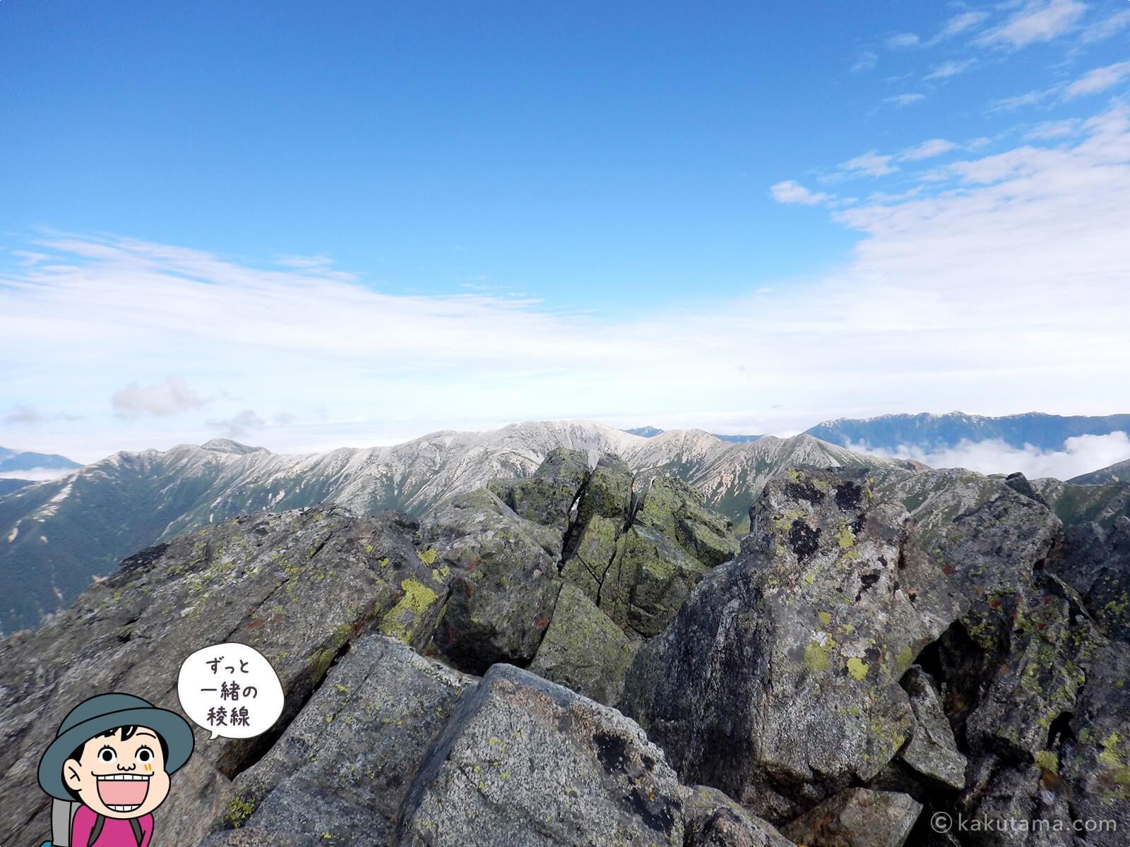 水晶岳から見る薬師岳