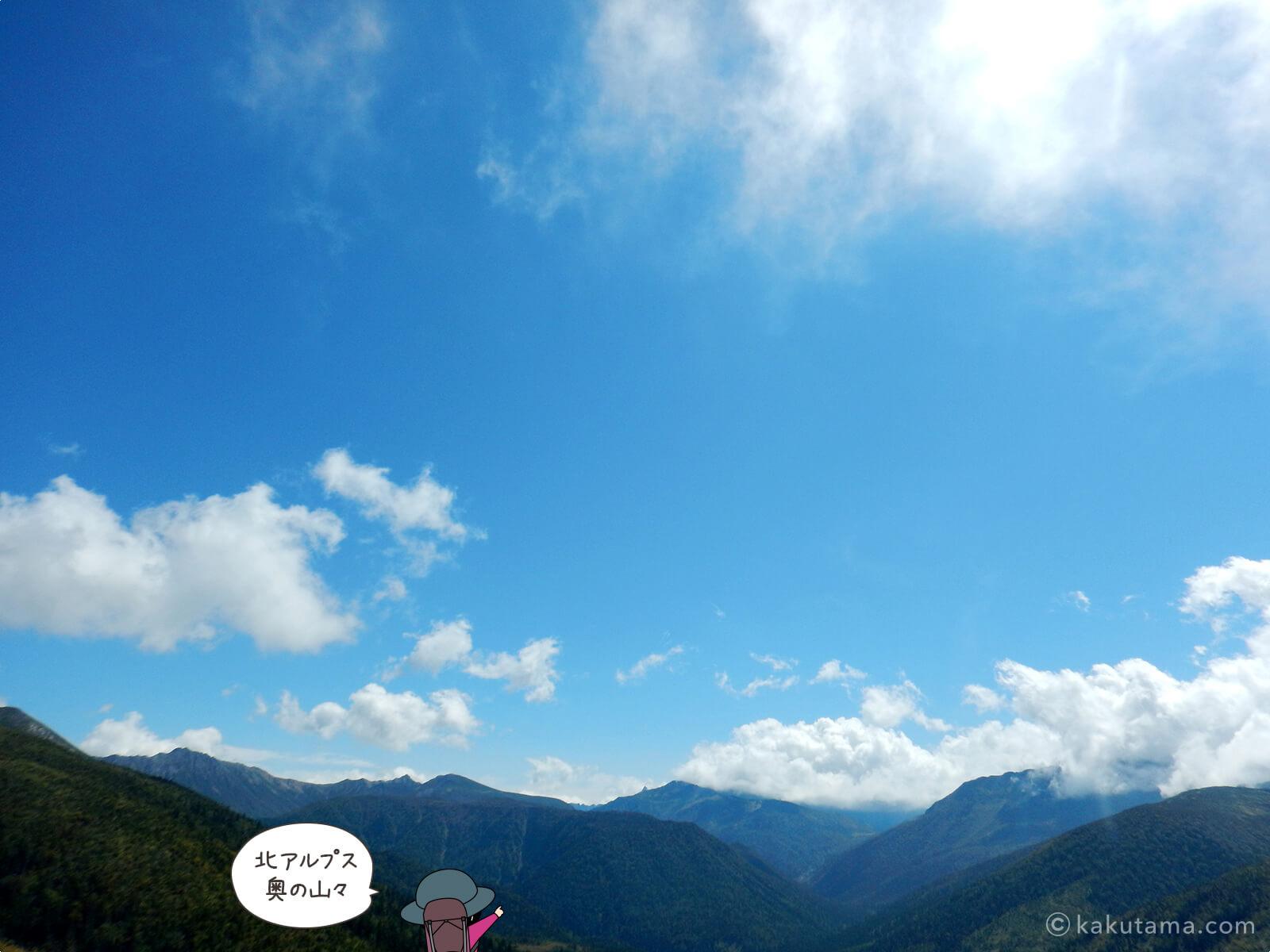 北アルプスの奥地野山が見える