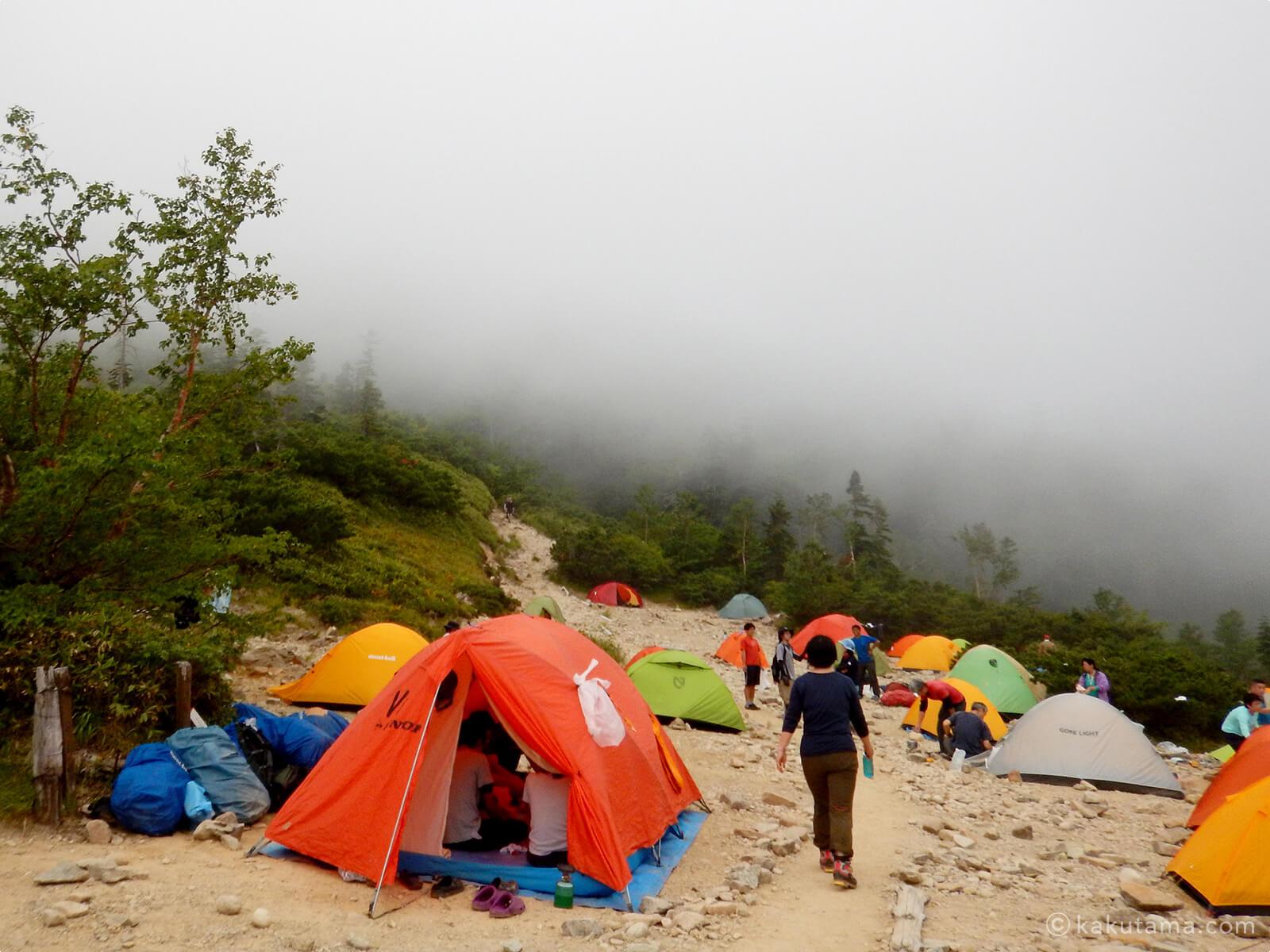 薬師峠キャンプ場のテント2
