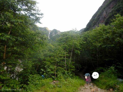 ババ平から槍ヶ岳に向かって出発