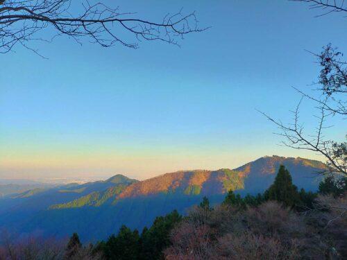 日の出山の写真